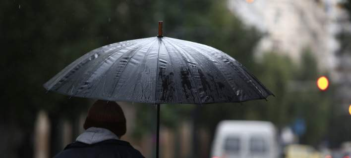 Σύννεφα, βροχές, άνεμοι και σκόνη την Δευτέρα -Σε ποιες περιοχές
