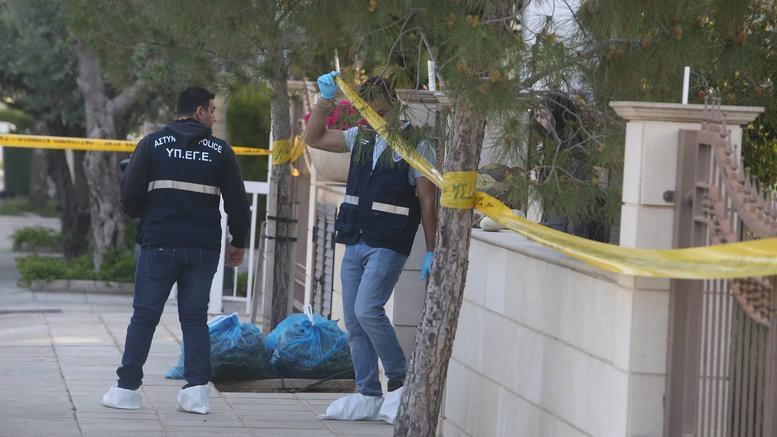 Αγριο έγκλημα στην Κύπρο: Εσφαξαν ζευγάρι μπροστά στο 15χρονο παιδί τους