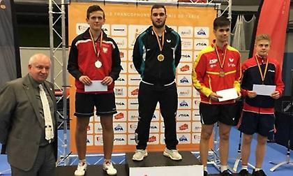 «Χρυσός» Σγουρόπουλος στο απλό νέων του βελγικού Οπεν, πήρε και το ασημένιο στο διπλό