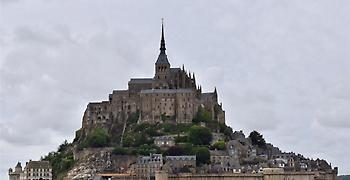 Γαλλία: Εκκενώνεται το Μον Σαιν Μισέλ . Αναζητείται ύποπτος