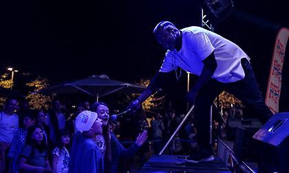 Σπουδαία live, DJ sets και πολλές εκπλήξεις στο καλλιτεχνικό πρόγραμμα του Nο Finish Line