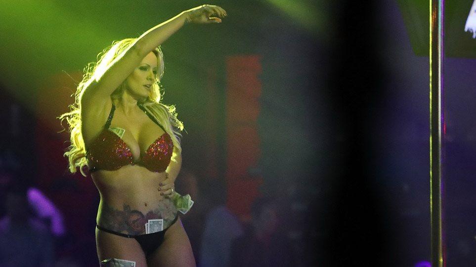 «Παλιά μου τέχνη κόσκινο» για την Στόρμι Ντάνιελς - «Εξαργυρώνει» τη φήμη της με νέο πορνό