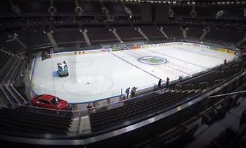 Απίθανο βίντεο: Το γήπεδο της Ζαλγκίρις μετατρέπεται από… παγοδρόμιο ξανά σε παρκέ