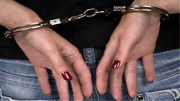Γύθειο: 21χρονη «μύησε» ανήλικο σε διαρρήξεις και κλοπές