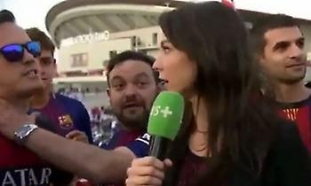 Οπαδός της Μπαρτσελόνα «χούφτωσε» Γαλλίδα δημοσιογράφο που εξοργίστηκε! (video)