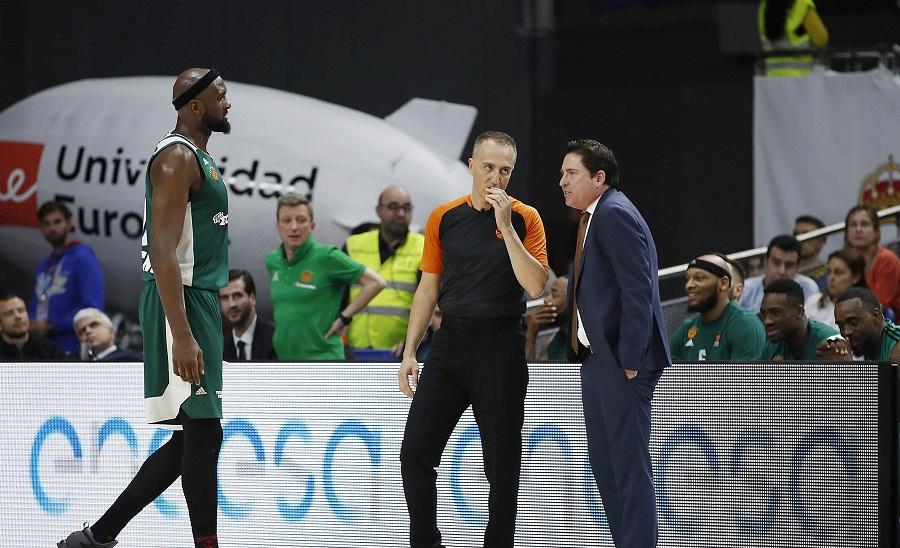 Αποθέωση για Πασκουάλ και παίκτες, αποδοκιμασίες για τους διαιτητές από οπαδούς στη Μαδρίτη