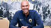 Μαϊστόροβιτς: «Περήφανος και χαρούμενος για την επιτυχία της ΑΕΚ»