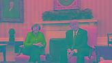 Τετ α τετ Μέρκελ, Τραμπ στην Ουάσινγκτον: Στο τραπέζι η ελάφρυνση του ελληνικού χρέους