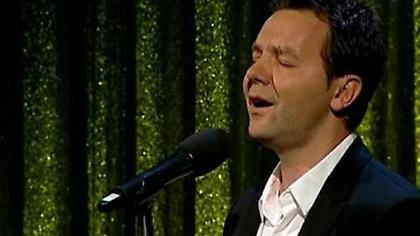 Πρώην παίκτης της Ρεάλ ακολουθεί πετυχημένη καριέρα τραγουδιστή