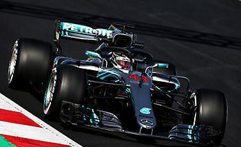 Πρωτιά για τις Mercedes στη Βαρκελώνη