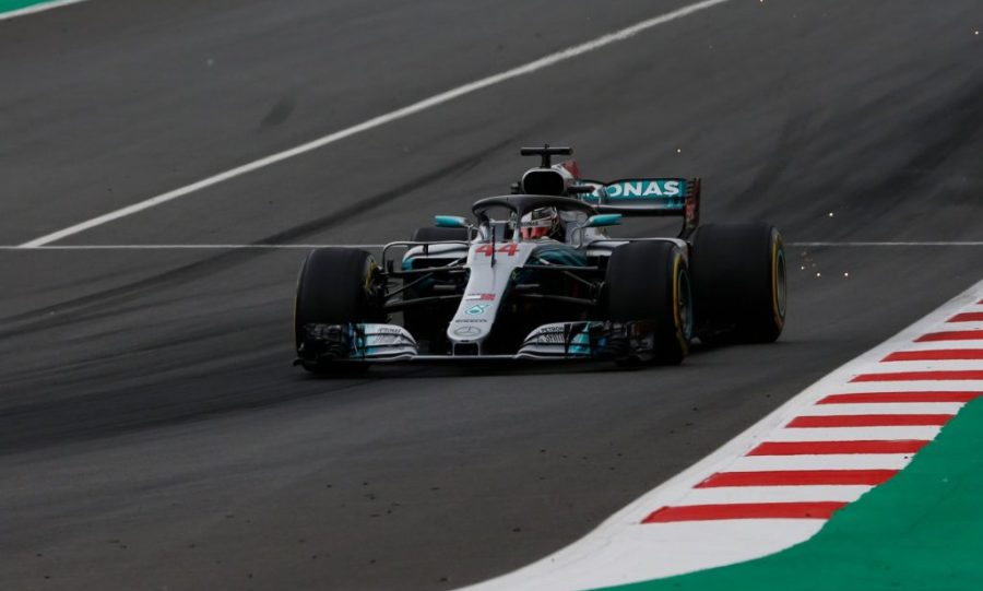 Pole position  ο Λιούις Χάμιλτον, κυρίαρχη η Mercedes