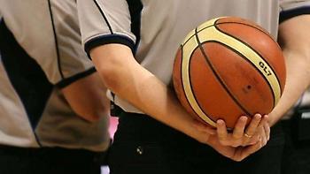 Οι διαιτητές που γνωρίστηκαν πριν από το ματς και η… αναδρομική τεχνική ποινή