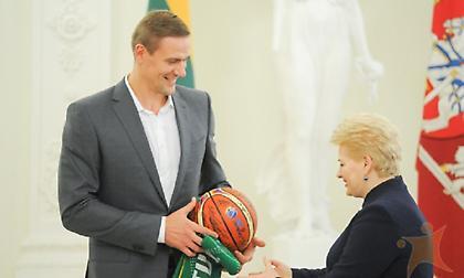 Στο Final Four η πρόεδρος της Λιθουανίας για χάρη της Ζαλγκίρις!