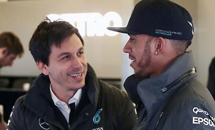Διαβεβαιώσεις Mercedes και Χάμιλτον για νέο συμβόλαιο