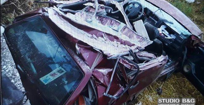 Αμάξι σφήνωσε κάτω από γεφυράκι στο Ναύπλιο. Tραγικός θάνατος για τον οδηγό