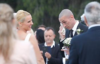 Δάκρυα συγκίνησης του Τσιρίλο στον γάμο του με την Έλενα (pics)