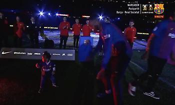 Ο χορός της κορούλας του Σεμέδο με τον Μίνα έκλεψε την παράσταση (video)