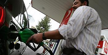 Έσπασε το φράγμα των δύο ευρώ το λίτρο η βενζίνη στις Κυκλάδες