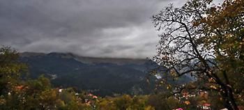 Χαλάει ο καιρός την Πέμπτη - Πού θα βρέξει (video)