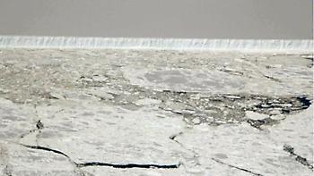 Παγόβουνο τέσσερις φορές όσο το Λονδίνο αποκολλήθηκε από την Ανταρκτική (video)