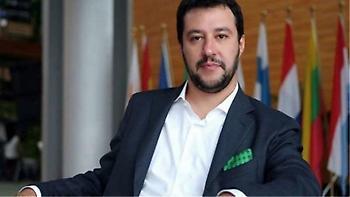 Ιταλία: «Είμαι πραγματικά νευριασμένος» γράφει στο Facebook ο Ματτέο Σαλβίνι
