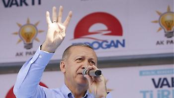 Νέες βολές Ερντογάν: Δεν μπορείτε να μας χτυπήσετε με τις συναλλαγματικές ισοτιμίες
