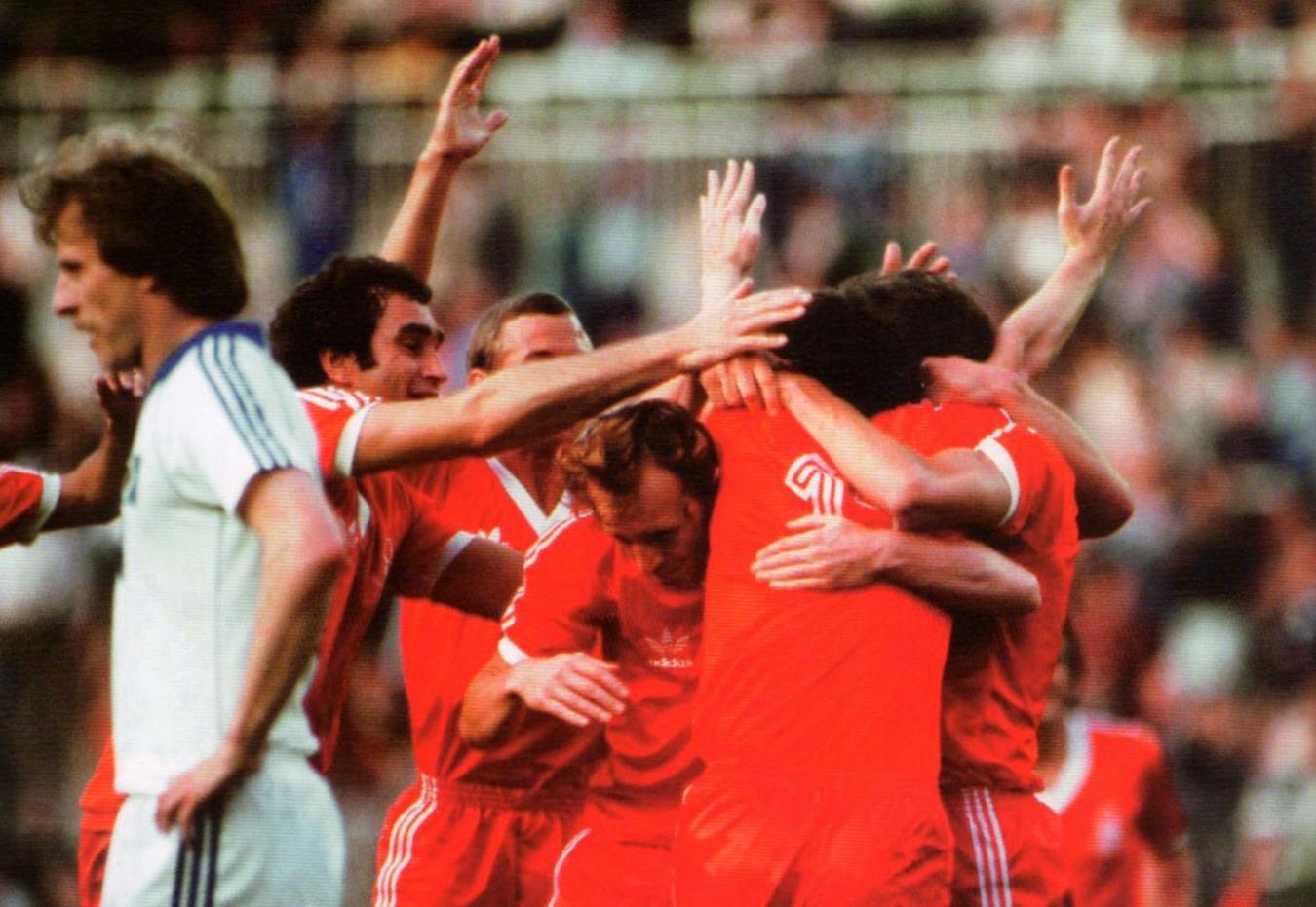 Η ημέρα που η Νότιγχαμ ξεπέρασε το ένα πρωτάθλημα με… δύο Κύπελλα Πρωταθλητριών