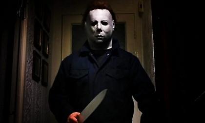 Halloween: Ο Μάικλ δραπέτευσε και ο ΤΡΟΜΟΣ επιστρέφει (video)