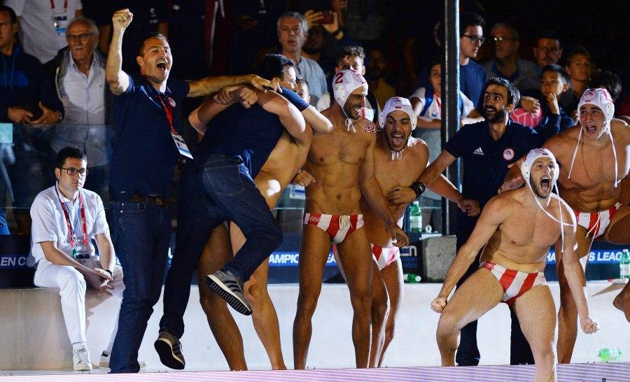 Δώδεκα τα ευρωπαϊκά του Ολυμπιακού! - Sports - Πόλο - Ολυμπιακός ... ecea1c2ccab
