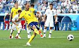 Πέναλτι με… VAR και 1-0 η Σουηδία (video)