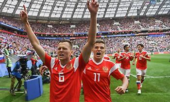 Απίστευτο ξέσπασμα της Ρωσίας – Τρία γκολ σε 15 λεπτά!