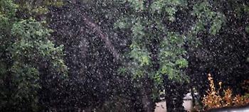 Δεν επιστρέφει ούτε σήμερα το καλοκαίρι - Βροχές και καταιγίδες