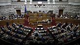 Τα «απόνερα» των Πρεσπών ταρακουνούν το πολιτικό σκηνικό
