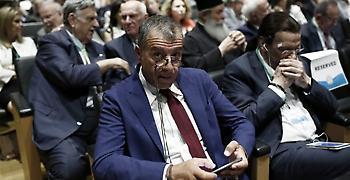 Θεοδωράκης: Καλή η συμφωνία των Πρεσπών, υπερασπίζεται τα βασικά