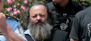 Στη φυλακή ο Σώρρας -Τον φυγάδευσαν μέσα από το άλσος των Δικαστηρίων