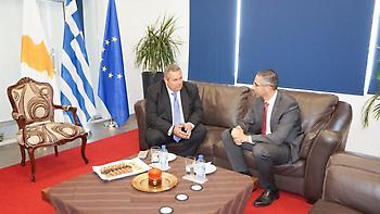 Καμμένος από Κύπρο: Αν τολμήσει η Τουρκία θα πάρει συντριπτική απάντηση