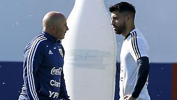 «Κάρφωσε» Σαμπάολι ο Αγουέρο: «Ας λέει ό,τι θέλει» (video)
