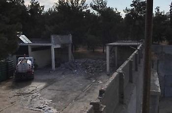 Κατεδαφίζεται το αυθαίρετο κτίσμα του Δήμου στη Νέα Φιλαδέλφεια