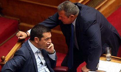 Ζάππειο: ΣΥΡΙΖΑ - ΑΝΕΛ «εις σάρκα μίαν» σε ομιλία Τσίπρα για το χρέος