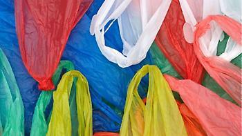 Κατά 75% μειώθηκε η κατανάλωση πλαστικής σακούλας σε σούπερ μάρκετ