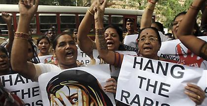 Πέντε ακτιβίστριες κατά του τράφικινγκ βιάστηκαν ομαδικά στην Ινδία
