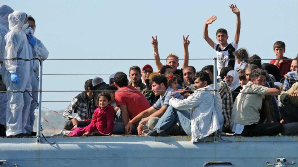 Ιταλία: Η Μάλτα αρνείται να παραλάβει πλοίο ΜΚΟ με 200 μετανάστες