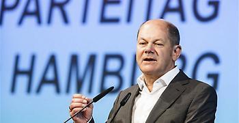 Σόλτς: Μη αναστρέψιμο το ευρώ, διασφαλίζει το κοινό μέλλον της Ευρώπης