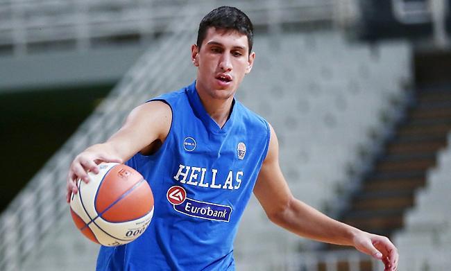 Λαρεντζάκης στο sportfm.gr: «Σημαντικές οι απουσίες, αλλά μπορούμε»