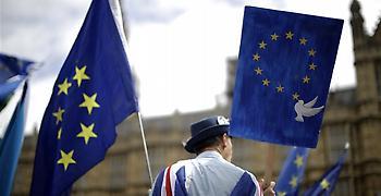 Μεγάλη διαδήλωση κατά του Brexit δύο χρόνια μετά το δημοψήφισμα