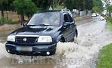 Ξαφνικό μπουρίνι στη Λαμία -Σφοδρή βροχόπτωση, προβλήματα στις μετακινήσεις