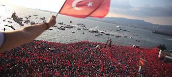 Με επίκεντρο την Κωνσταντινούπολη, ολοκληρώθηκε η προεκλογική εκστρατεία Ερντογάν και Ιντζέ (pics)