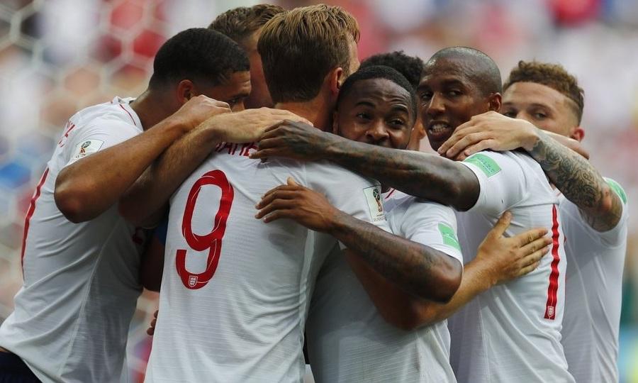 Γκάζωσε με «εξάρα» για την πρωτιά η Αγγλία!