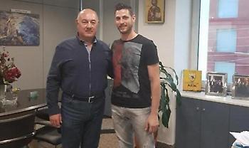 Ανακοίνωσε Αλβανό και Παπαδιονυσίου η ΑΕΚ