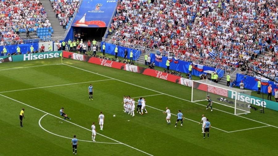 «Αγγίζει» την πρωτιά η Ουρουγουάη, 2-0 τη Ρωσία! (vid)